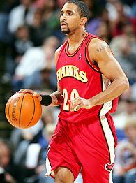 nba_g_stoudamire2_195