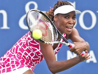 Venus-Williams-vs.-Samantha-Stosur-in-Cincinnati-Masters-2012